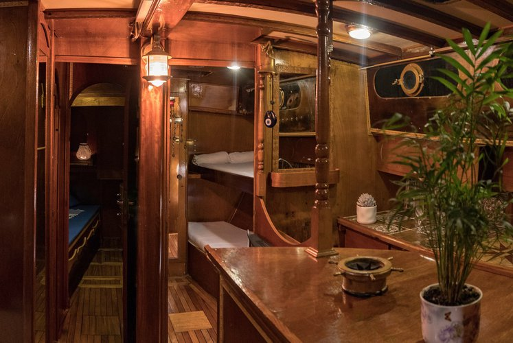 Discover Agios Nikolaos surroundings on this Custom made cutter Custom Made boat