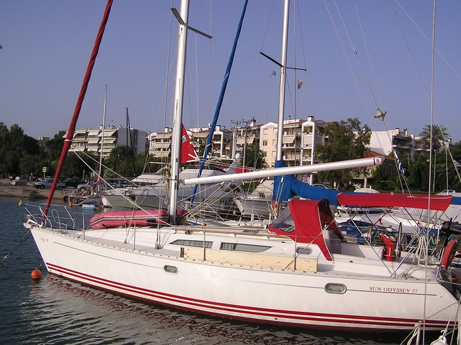 Enjoy Lefkada, GR to the fullest on our comfortable Jeanneau Sun Odyssey 37.1