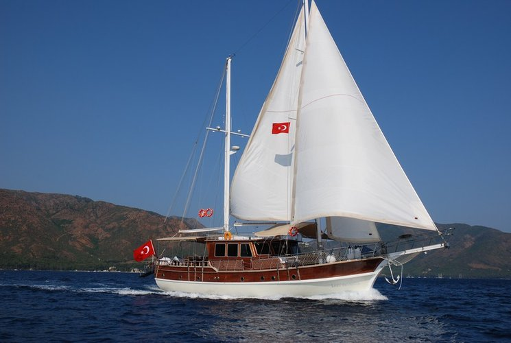 This beautiful Deluxe Gulet is 24 M. and for 8 Guests