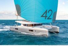 Rent this catamaran to explore the amazing US Virgin Islands