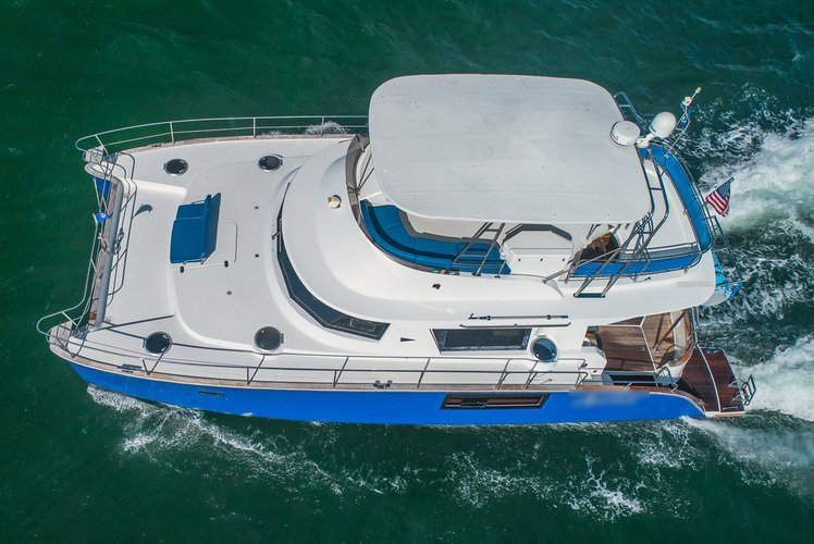 Catamaran boat for rent in Key Biscayne