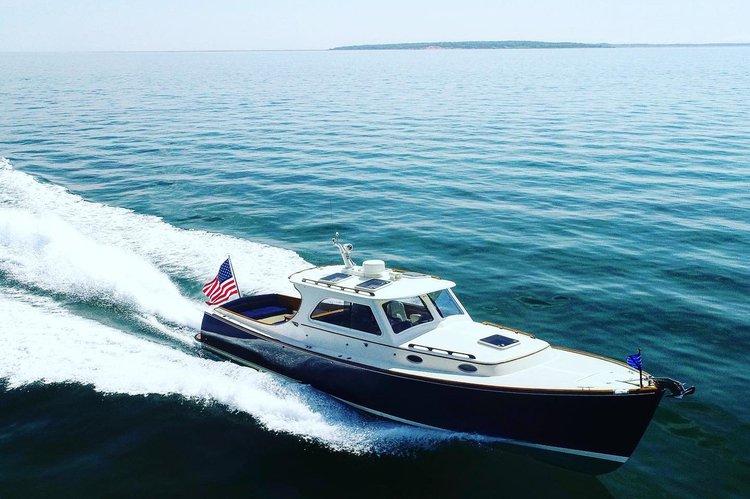 Boat for rent Hinckley 36.0 feet in Village Docks, NY