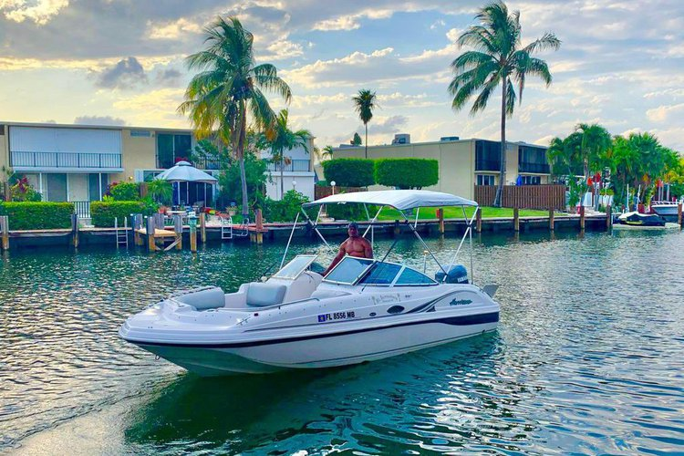 Miami Hurricane Sundeck