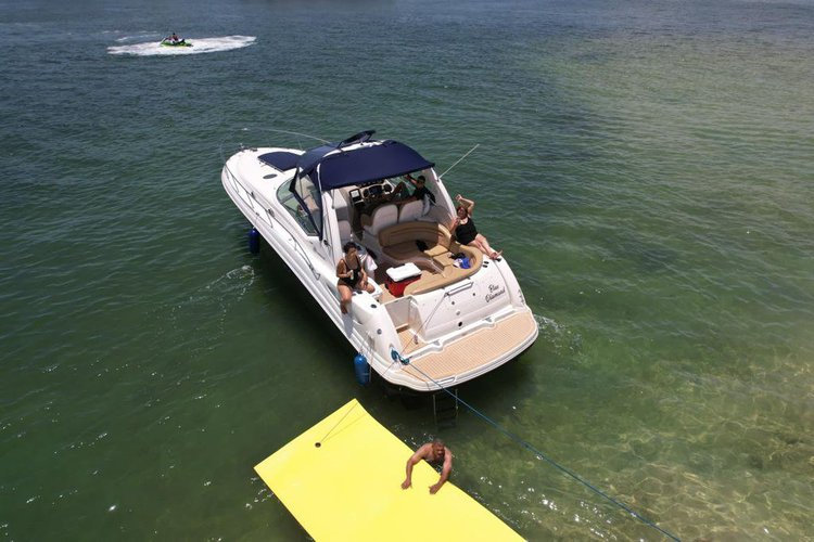Motor boat boat rental in Oceanika Yachts Marina, FL