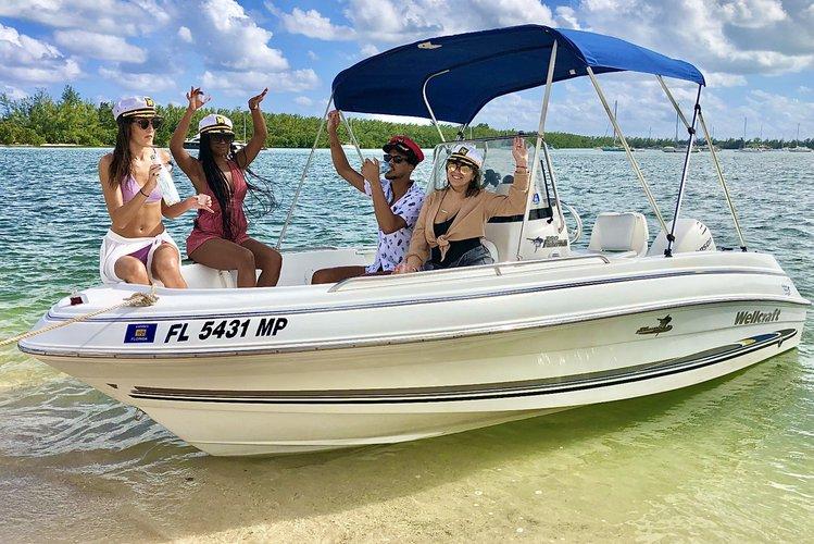 ** Miami Cruise - 20 Ft - Sandbar - Island Hopping - Includes Captain