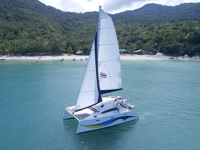 Get on the water and enjoy Koh Chang in style on our  Island Spirit 410