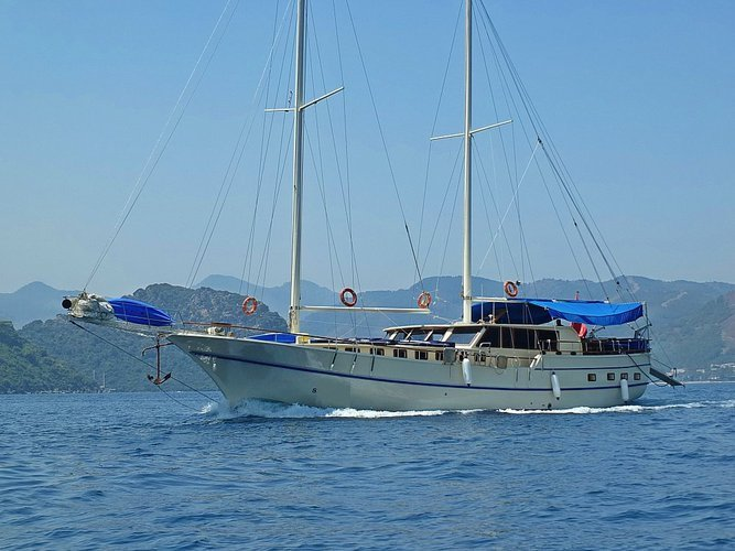 This wonderful luxury gulet sailing at the coasts of aegean and Mediterranean is 25 meters long and for 16 people
