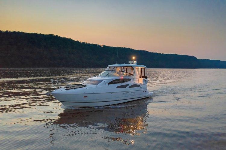 Majestic Yacht on the Hudson