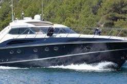 Discover Riviera Beach surroundings on this Predator 63 Sunseeker boat