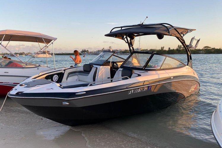 24' Yamaha 242X Speedboat In Miami, Florida!