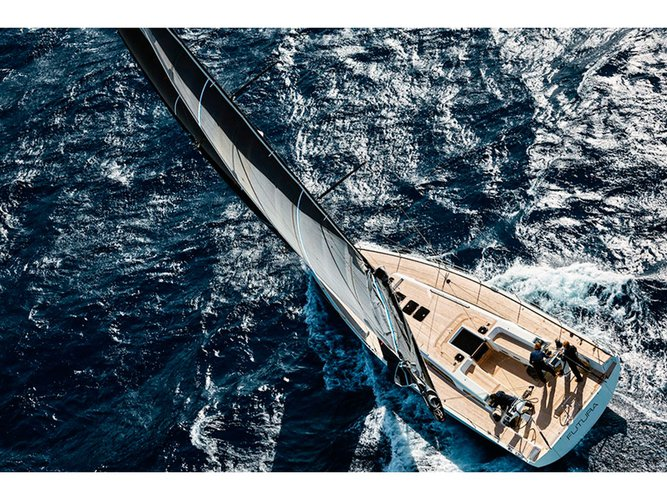 Relax on board our sailboat charter in Portofino