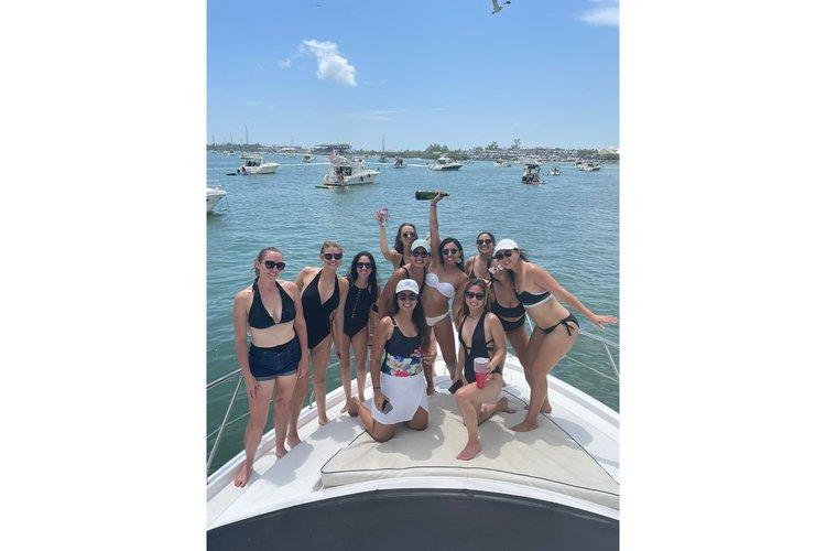 CRUSIERS 45  EXPRESS's 45.0 feet in Miami Beach