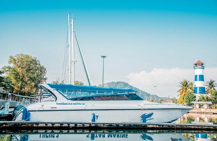 Discover Phuket surroundings on this Custom Build Speedboat Custom Build boat