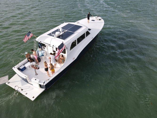 58.0 feet Hattera Yacht in great shape