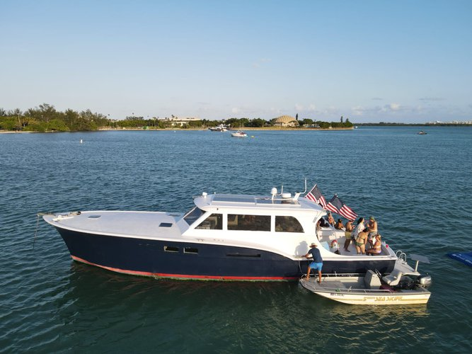 Up to 13 persons can enjoy a ride on this Classic boat